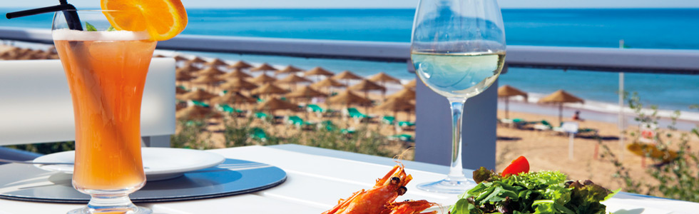 valedolobo_beach_food_1_top_sunbirdie_longstay