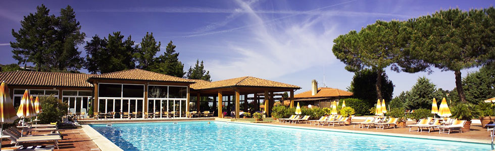 italien-toscana-ilpelagone-pool_sunbirdie-longstay-golf_top