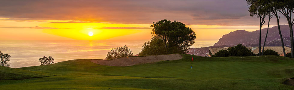 portugal-madeira-palheiro-golf-golden-hour_top_sunbirdie-longstay