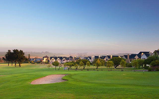 Stellenbosch golf och villor under long stay golf sydafrika | Sunbirdie